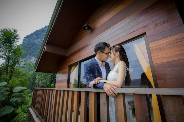 wooden house wedding templer park