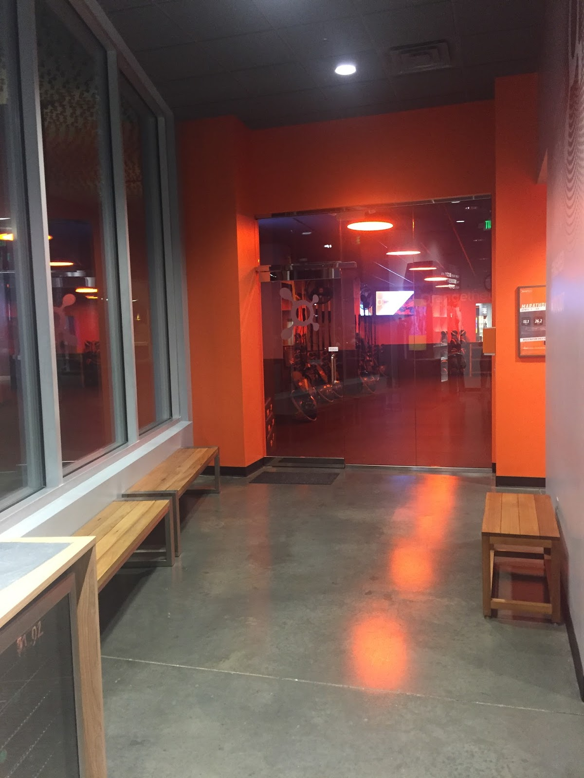 Popular North Carolina style blogger Rebecca Lately shares her experience at Orangetheory Fitness!  Click here to read more now!