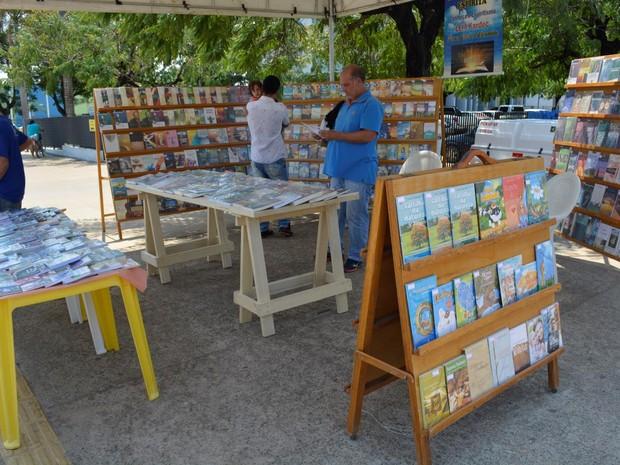 Rondônia recebe feira com mais de mil livros espíritas