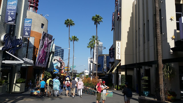 A summer day at universal studios