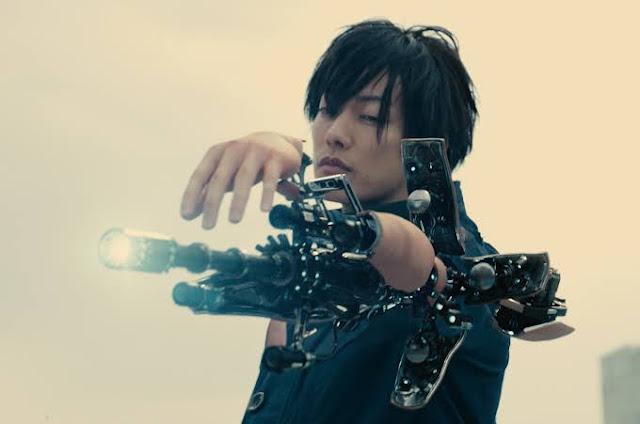Screenshot Film Inuyashiki (2018). 1
