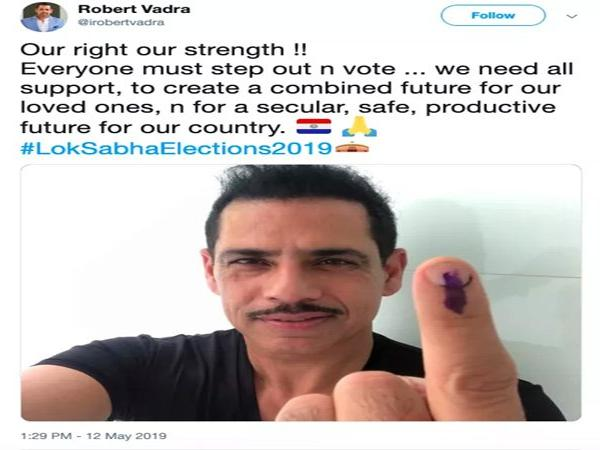 National, News, Indian, National Flag, Twitter, Voters, Priyanka Gandhi, New Delhi, Robert vadra posted paraguay's flag with his selfie post after voting