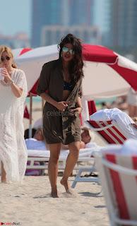 Priyanka Chopra in Wet Bikini Enyoing Summer of Miami 12th May 2017 ~  Exclusive 15.jpg