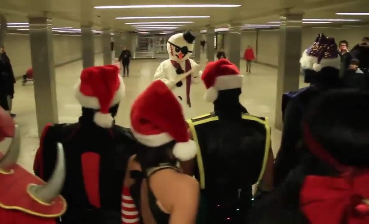 Mortal Kombat vs. Santa and the Snowman : モータル・コンバット VS. サンタさんと雪だるま ! !