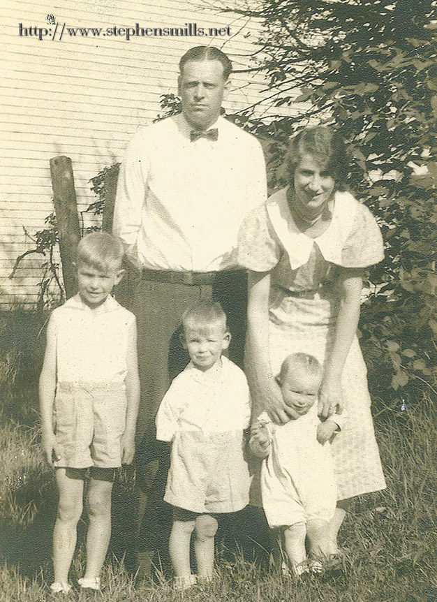 "photo of  Walter Lorrie Inman and Roxanna ""Roxie"" Belle Baker Inman, Vernon Inman, Milton Inman, Byron Inman"