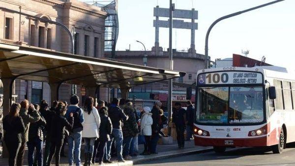 Argentina: entra en vigencia aumento del transporte público