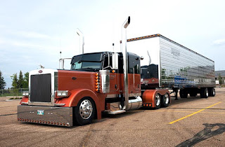 Peterbilt 379 Western Star Truck  With Trailer
