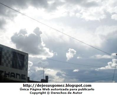 Foto de nubes en el atardecer de la sierra peruana por Jesus Gómez