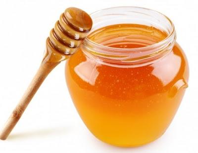 Cách trị tàn nhang sau sinh bằng mật ong