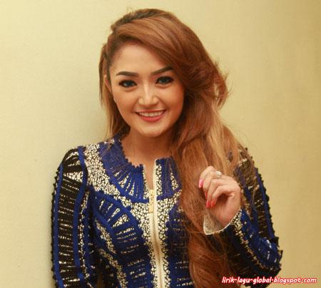 Siti Badriah - Mama Minta Pulsa