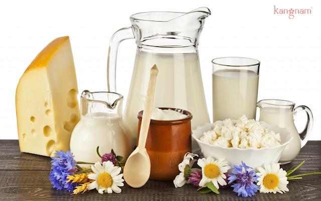 Sản phẩm từ sữa gây ra mụn cám