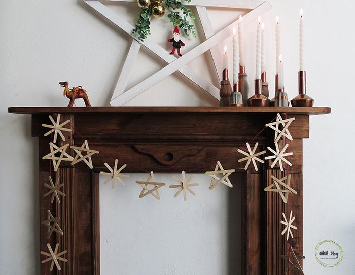 A pop sticks Christmas garland