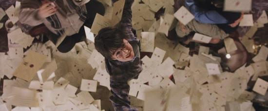 Há exatamente 17 anos, 'Harry Potter e a Pedra Filosofal' estreava em todo o Brasil | Ordem da Fênix Brasileira