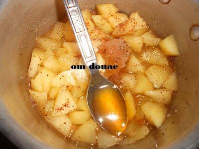 طاجين بالتفاح معسل والبطاطس المقلية هائل !