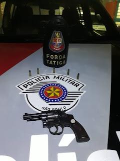 FORÇA TÁTICA APREENDE MAIS UMA ARMA DE FOGO EM MIRACATU