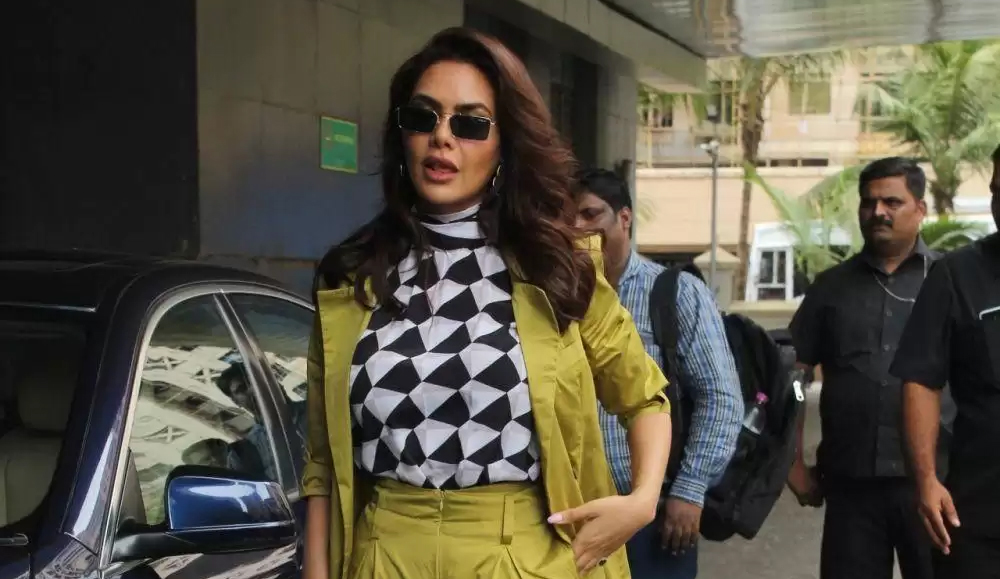 Esha Gupta at One Day Justice Delivere Trailer Launch
