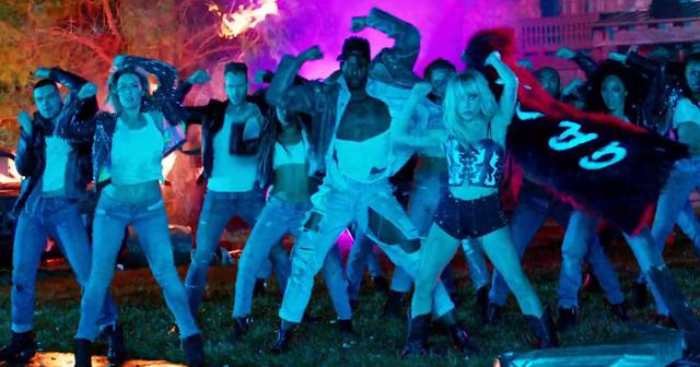 Lady Gaga lanza videoclip de John Wayne, su nuevo single. ¡Míralo!