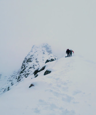 Sron na Lairig winter mountaineering