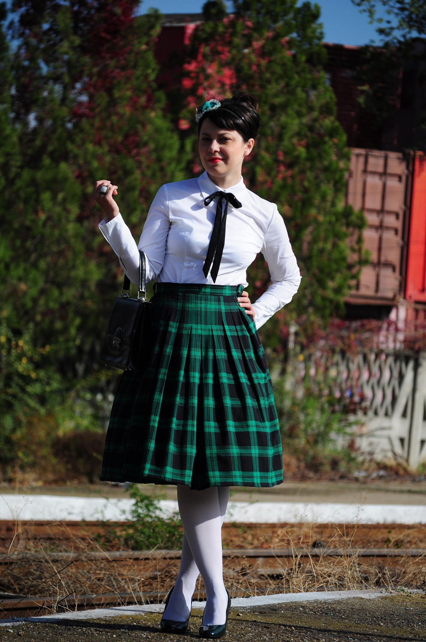 Miss Green Catholic School Girl-3986
