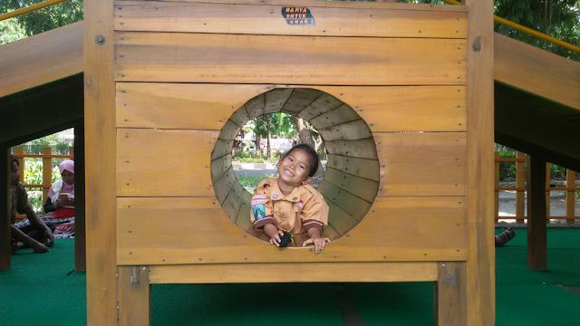 playground di sidoarjo