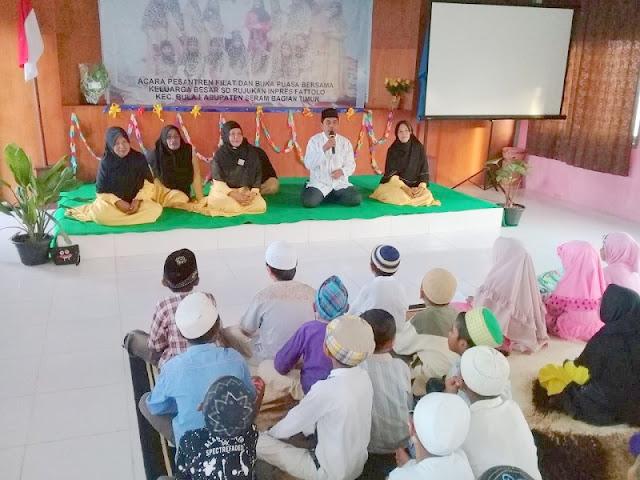 KUA Bula Beri Tausiah di Pesantren Ramadhan SD Inpres Fattolo