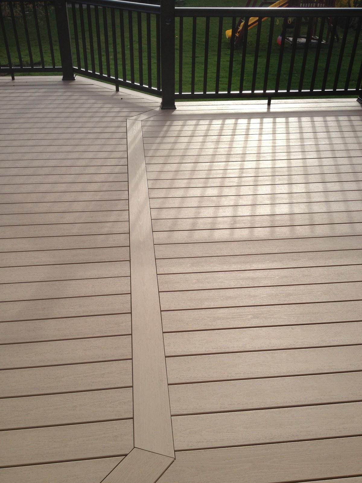 Outdoor Living Deck Building In Rochester Hills Mi
