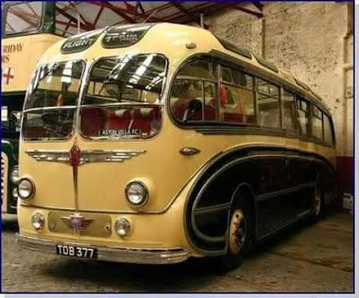 penang, once upon a time in penang, penang suatu ketika dahulu, yellow bus, penang, komtar, tempat menarik di penang, bus double decker di penang