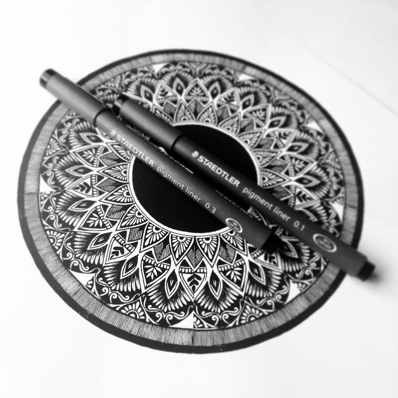 08-Eszter-Luca-Stippling-Ink-Mandala-Designs-www-designstack-co