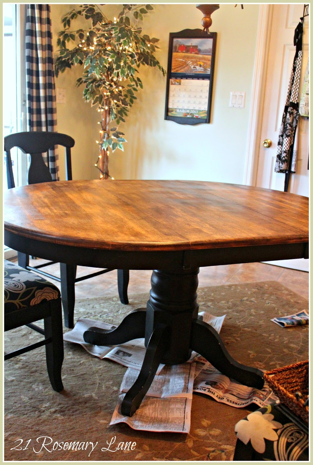 Kitchen Table: 21 Rosemary Lane: Freshened Up Kitchen Table And Chairs