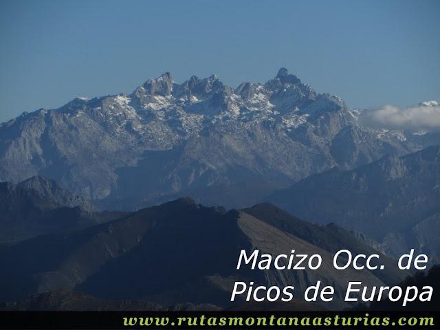 Vista del Macizo Occidental de Picos de Europa