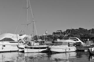 Port de Saint-Tropez vue Eglise