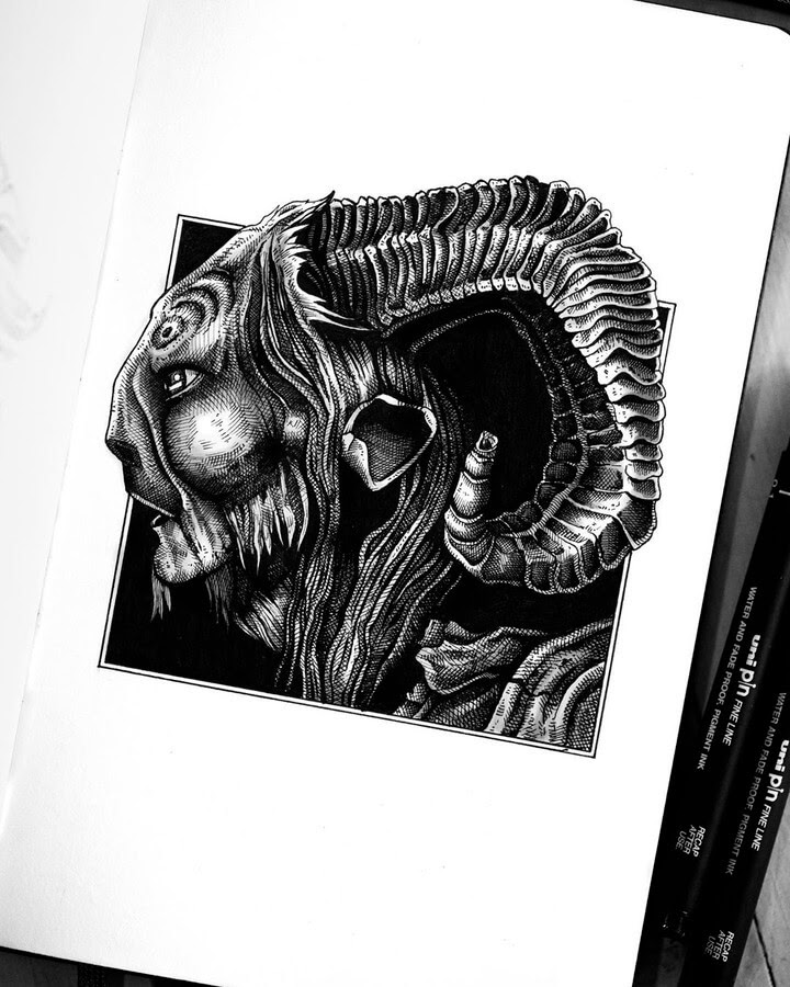 14-Pan-S-Labyrinth-Camilo-Hearso-www-designstack-co