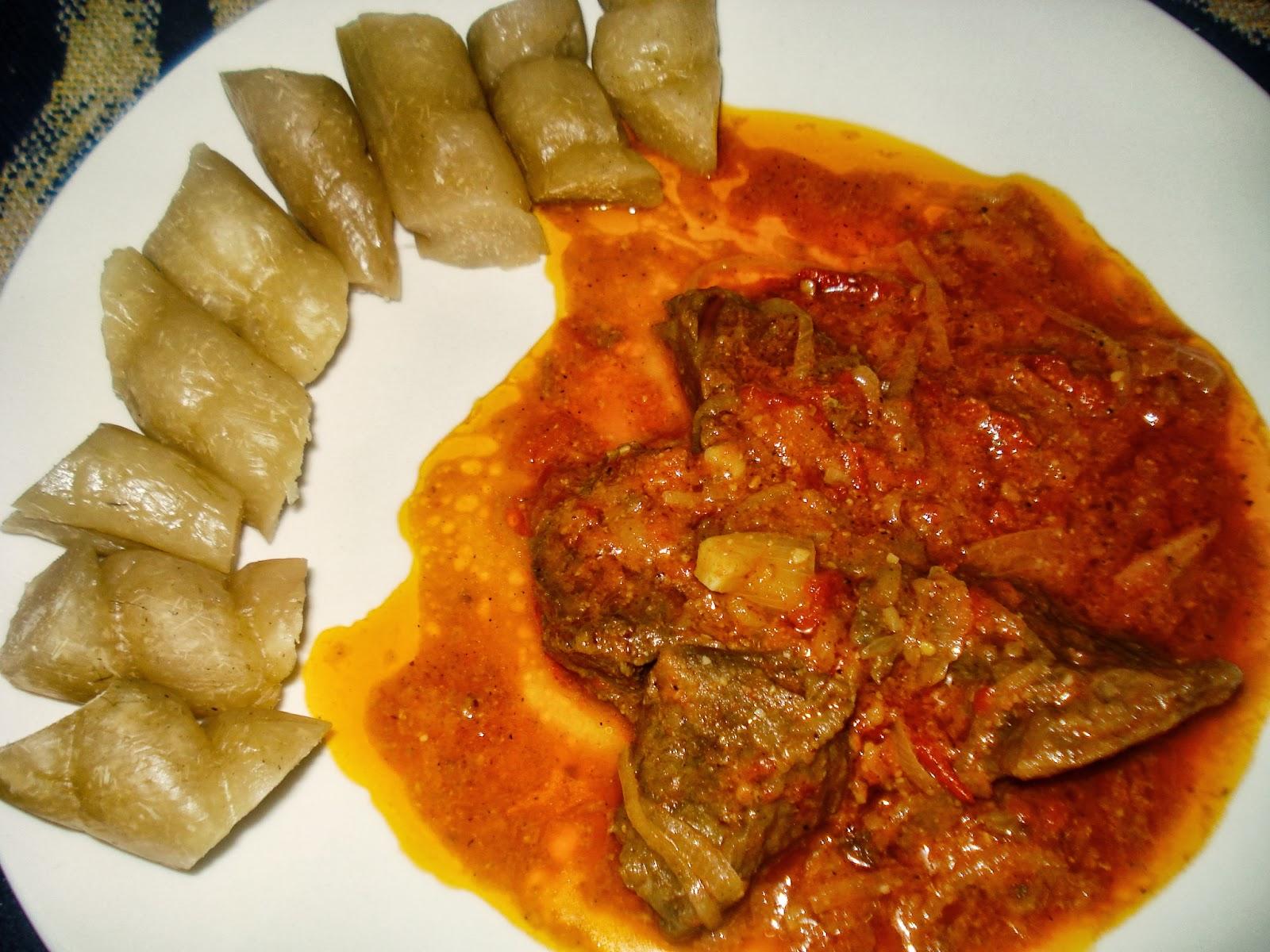 Boeuf r ti au njangsang cuisine camerounaise - Cuisine africaine camerounaise ...