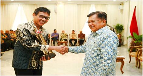 Bukti Kerja Keras Dan Nyata Selama Ini Gubernur Sumbar Iwan Prayitno  Terima Wahana Tata Nugraha (WTN)