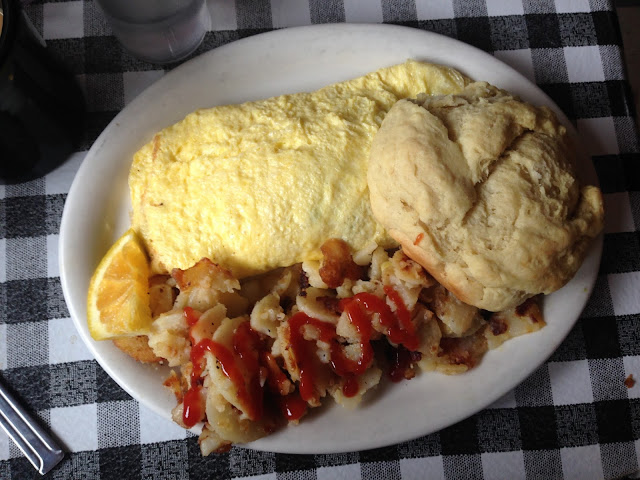 Jalapeno Omelette, Stepping Stone Cafe | A Hoppy Medium