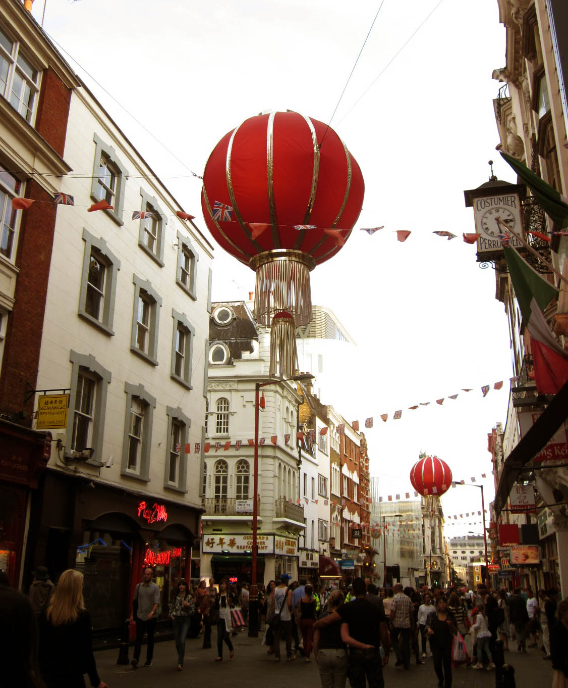 exploring central london soho chinatown crazy about. Black Bedroom Furniture Sets. Home Design Ideas