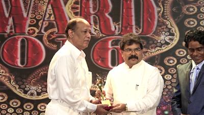 munir-khan-happy-with-award-says-it-increases-responsibilities