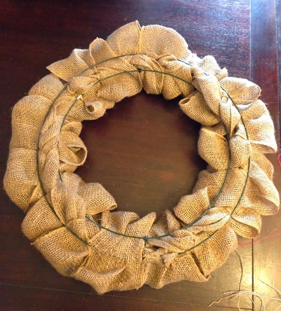 The Bubbly Hostess: DIY Burlap Wreath