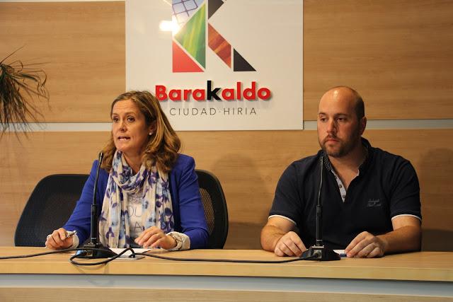La alcaldesa y el concejal de Accion Social