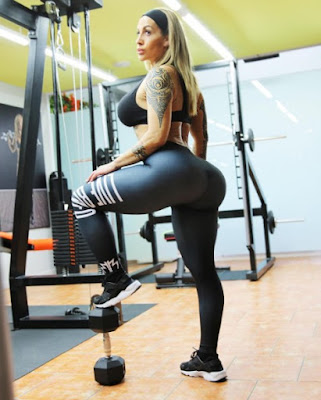Victoria Lomba at the gym