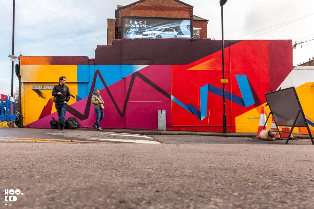 Walthamstow Street Art Mural by artist Remi Rough. Photo ©Hookedblog / Mark Rigney