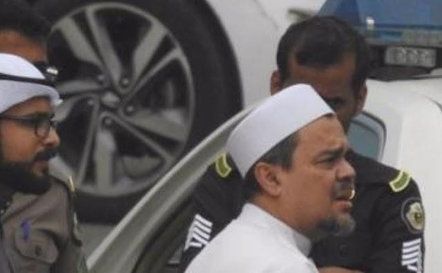 Kronologi Informasi Penahanan Habib Rizieq di Arab Saudi