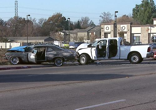 Man Died in a Crash on Olive Ave in Fresno | Nelson & Rozier