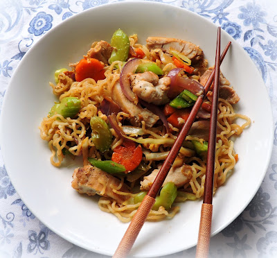 Quick Chicken Chowmein