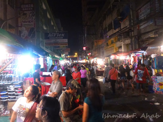 Night market in Juan Luna Street, Divisoria