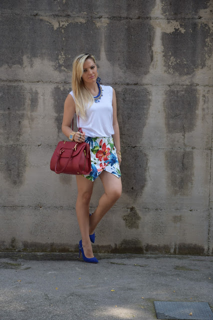 outfit canotta bianca come abbinare la canotta bianca abbinamenti canotta bianca white top tank how to wear white top tank mariafelicia magno fashion blogger colorblock by felym outfit luglio 2016 outfit estivi summer outfits july outfits fashion blogger italiane fashion bloggers italy influencer italiane italian influencer