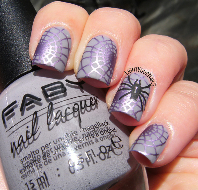 Halloween nails with Faby What the eyes see...