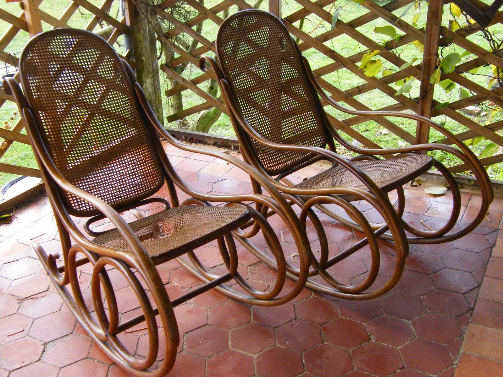 normandie cannage les si ges en bois courb style thonet. Black Bedroom Furniture Sets. Home Design Ideas