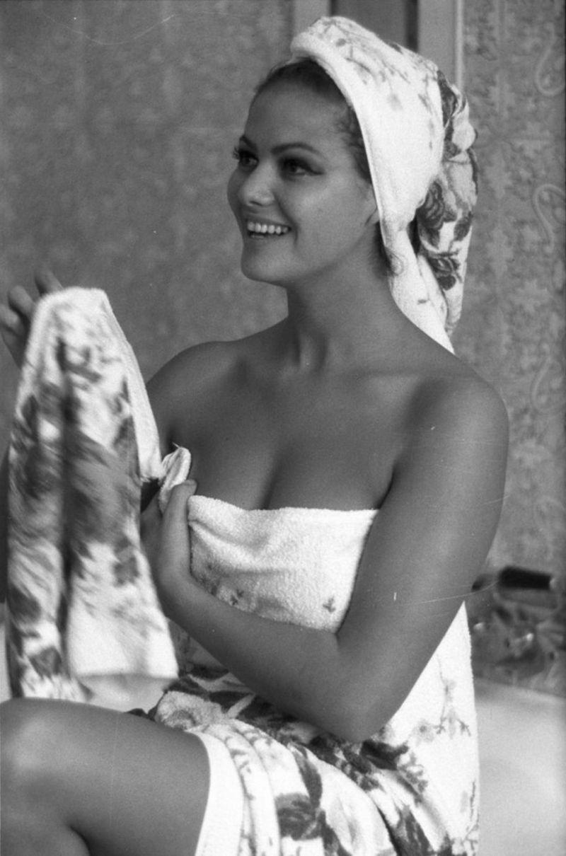 Claudia Cardinale Nue 3