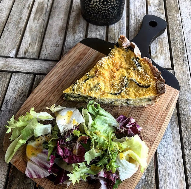 Quiche healthy courgettes feta et oignons Charlotte and cooking